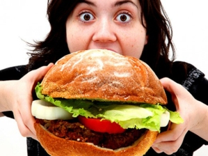 girl-over-eating-food-520x390